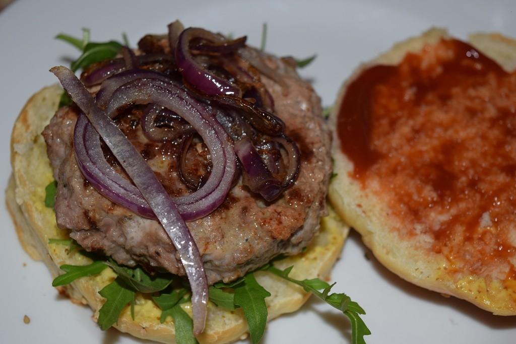 Hamburger 11